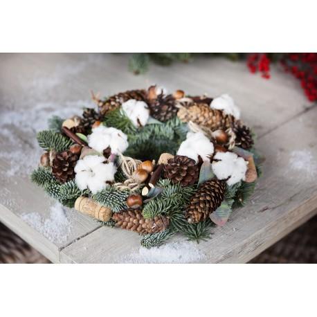 Kalėdinis medvilnės žiedų vainikas
